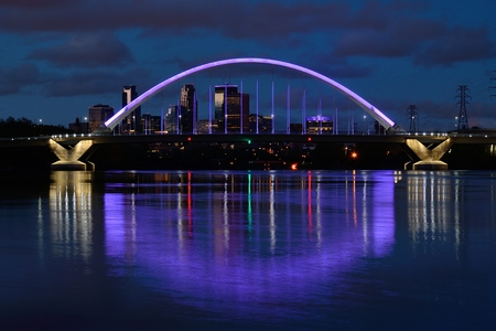 lowry: Lowry Avenue Bridge Lit in Purple to Honor Prince on the Day of His Death