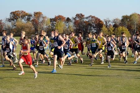 ST. FRANCIS, MN - OCTOBER 16 2012: Boys High School Cross Country Meet With Numerous Minnesota Teams Participating. Redakční