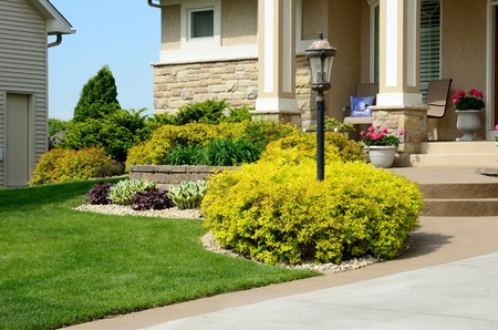 residential home: Landscaping and Retaining Wall at a Residential Home