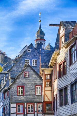 Old halft-timber and slate facades in Monschau 스톡 콘텐츠
