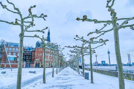 Rhine promenade in Dusseldorf in winter Stok Fotoğraf