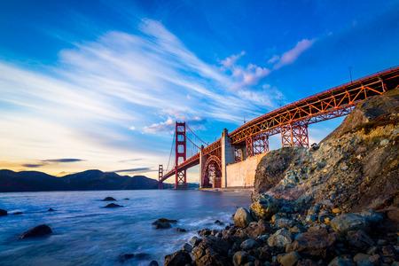 san francisco golden gate bridge: San Francisco Golden Gate Bridge at sunset Stock Photo