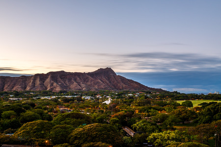 sunshine state: Diamond Head State Monument in Oahu Hawaii