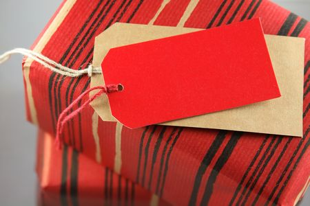 gift packs: Present with red tag for text or messages.