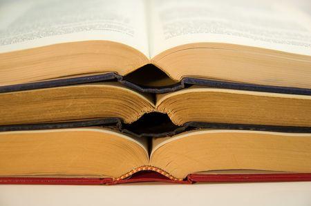 Pila de tres libros abiertos  Foto de archivo - 3290559