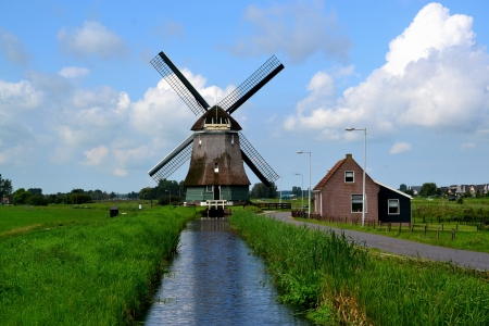volendam: Windmill in Volendam,  Netherlands  Stock Photo