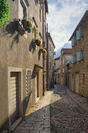 Montenegro, Gabela street in Risan town. Ancient cobblestone street Stockfoto