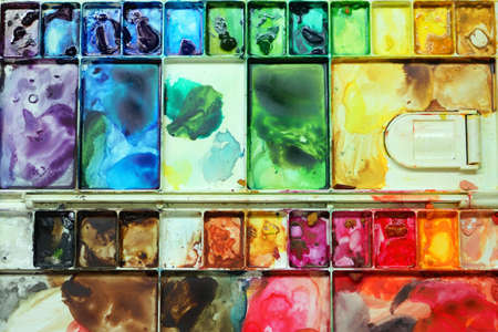 love very: A very colorful and messy palette a sign of lots of love Stock Photo