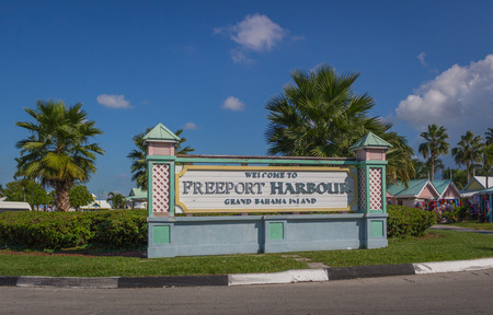 bahama: Welcome To Freeport Harbour Bahamas Sign Editorial