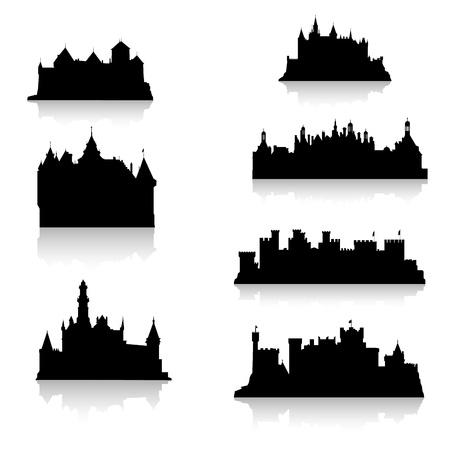 castello medievale: Sagome di castello nero Vettoriali