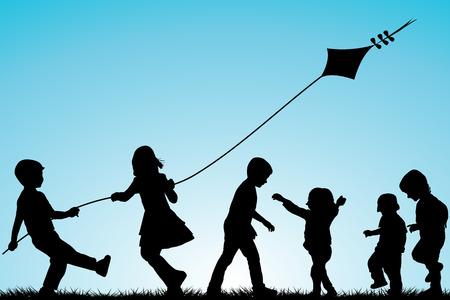 silueta niño: Grupo de siluetas de los niños con una cometa al aire libre