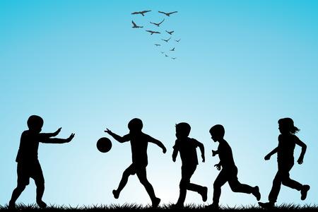 pied fille: Enfants silhouettes jouant au football