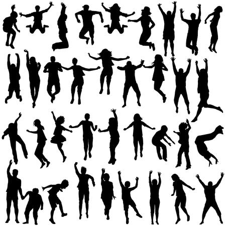 personas saltando: Siluetas juego de los niños y jóvenes que saltan