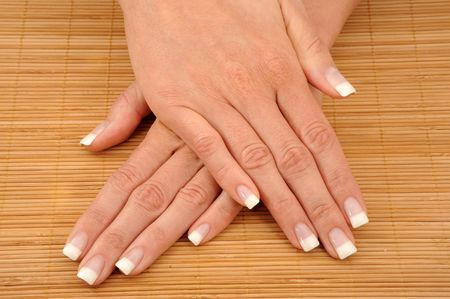 Very beautyful French Nails on phloem