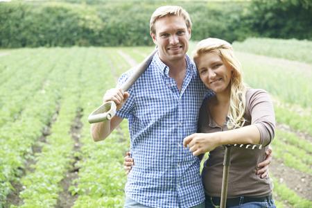 Meet Country Singles, Single Farmers Rural Dating