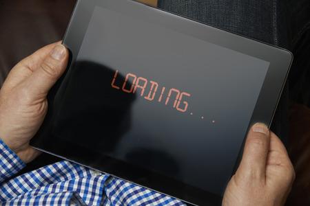 デジタル タブレットのインターネット接続速度が遅い