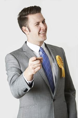 traje formal: Retrato del estudio Pol�tico Untrustworthy