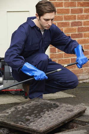 Loodgieter tot vaststelling Probleem met Drains