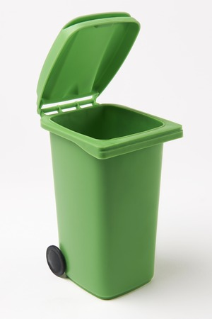recycling bin: Green Recycling Bin On White Background