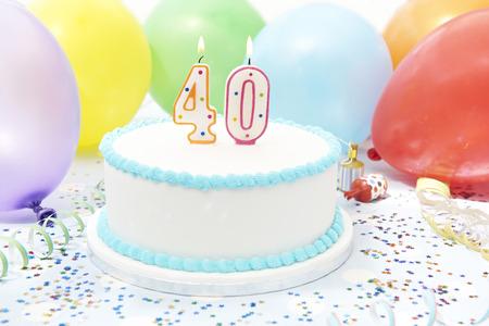 pastel de cumpleaños: Pastel de celebración de 40 cumpleaños