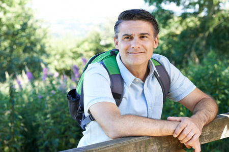 hombres maduros: Mature Man Hiking In Countryside
