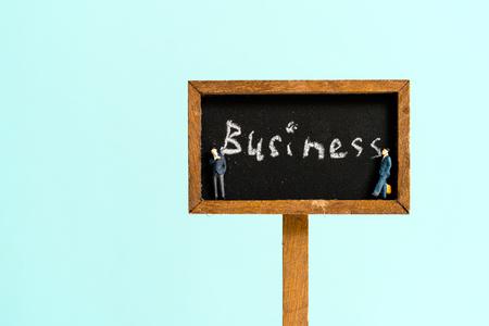 看板に書かれたビジネス
