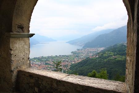 como: View lookout over Lake Como Gravedona