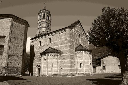 come in: church in Gravedona lake come, retro style