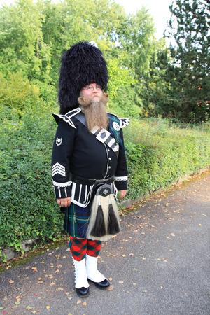 sporran: man with longbeard in scotish fulldress