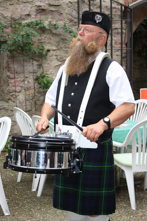 scot: scotish drum sea in kilt