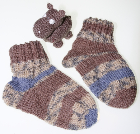 spandex: Children baby socks knitted in patterned style