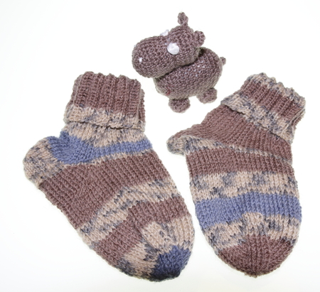 Children baby socks knitted in patterned style