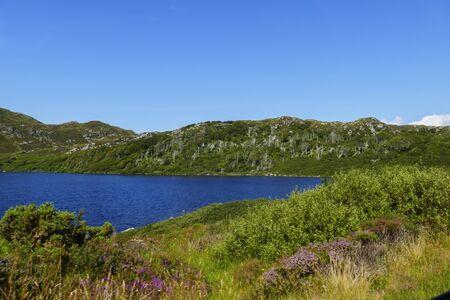 Lake Loch a Bhadaidh Daraich, in the Highlands of Scotland, United Kingdom 写真素材 - 138361490