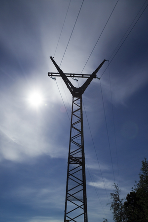 electric line: the sun and electric line