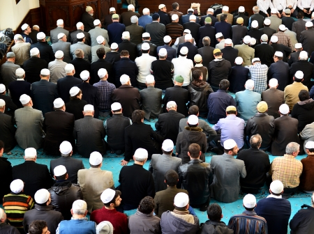 Muslims to pray in the mosque waiting Editorial