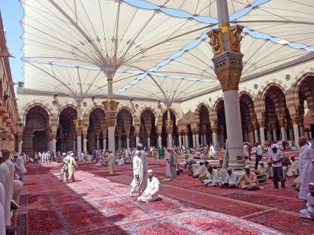 saudi arabia: Nabawi Mosque, Medina, Saudi Arabia