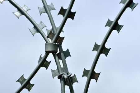 razor wire: barbed and razor wire for security