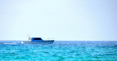 gulf of mexico: Fishing boat in the Gulf of Mexico, Florida Ocean beach