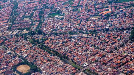 aerial view of dense population neighborhood Banco de Imagens - 114393567