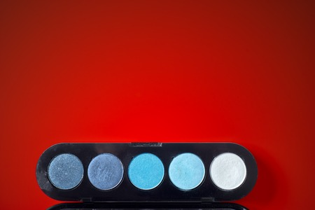 reticulation: reticulation in red background