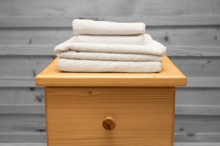 arredamento classico: chest of drawers with a clean towel