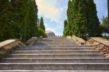 A beautiful estate with steps up to the building. Winery Banco de Imagens - 132221431
