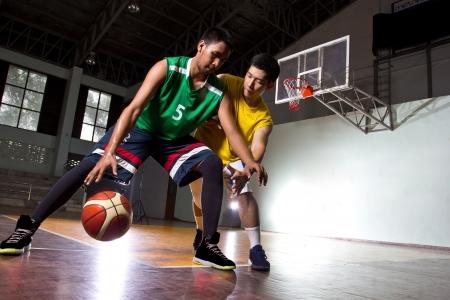Basketbal speler in het spel Stockfoto