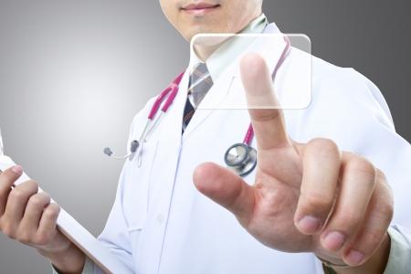 medische instrumenten: Arts controleren van uw gezonde concept in het ziekenhuis