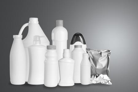 productos de limpieza: Grupo de producto envasado en el estudio