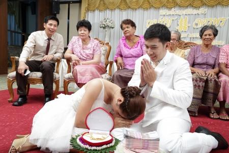 SONGKLA THAILAND -SEPTEMBER 27  Wedding ceremony SEPTEMBER 27 2013, Songkla Thailand Editorial
