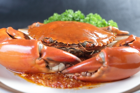 spicy chilli: Singapore chili mud crab in restaurant