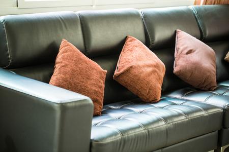 guest room: Divani e cuscini interni interno camera
