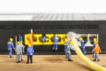 petit bonhomme: Réparation et entretien de votre système avec petit modèle Ingénieur.