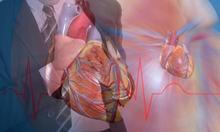 heartsick: Ataque al coraz�n, Uso mano agarrando un pecho con el fondo blanco